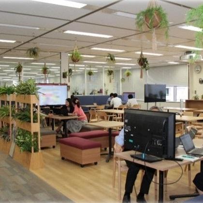 本社オフィスへの光触媒機能付き人工植物の導入 : NTTコムマーケティング株式会社様https://www.ntt-fe.co.jp/cms/wp-content/uploads/2019/07/ntt-com-marketing01-3_fortop.jpg
