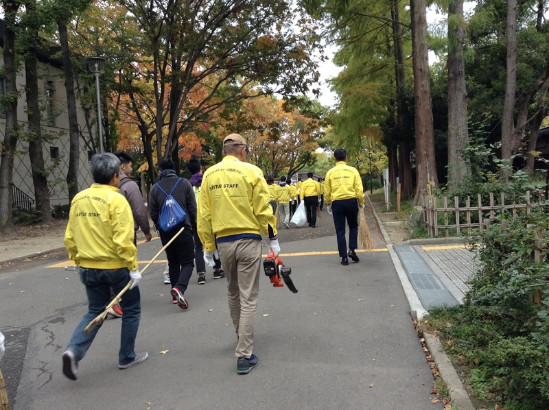 NTTファシリティーズ関西 大阪城公園ボランティア清掃
